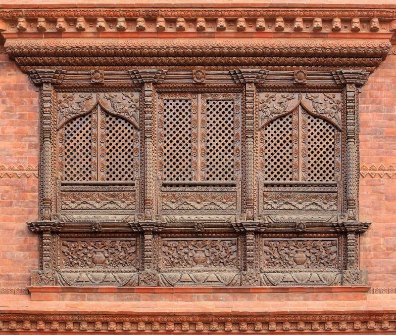 老木传统尼泊尔窗口细节 尼泊尔 库存照片