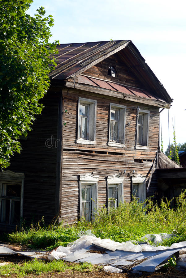 老木大厦在Kirillov镇 图库摄影