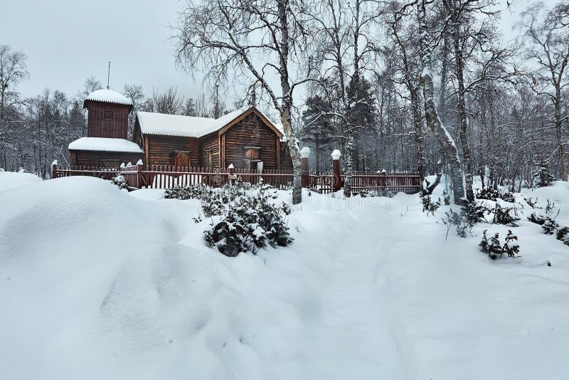 老木教会在冬天 免版税图库摄影