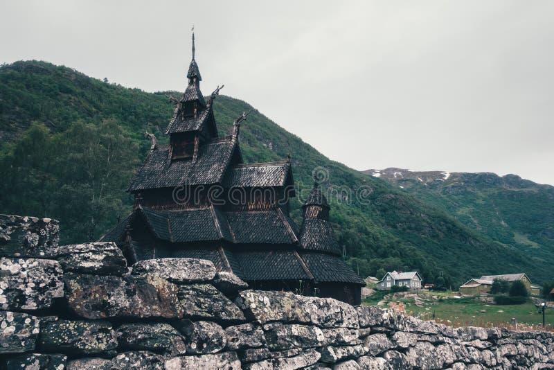 老木Borgund梯级教会 库存图片