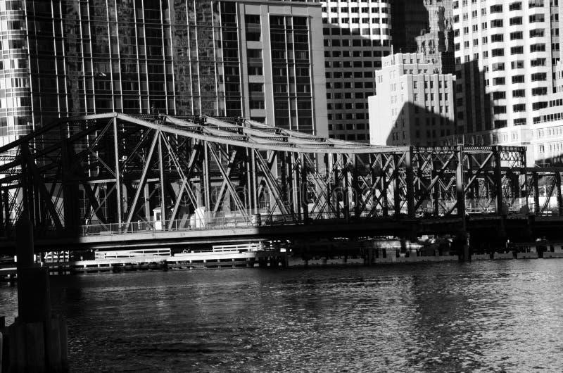 老桥梁在街市波士顿 免版税库存图片