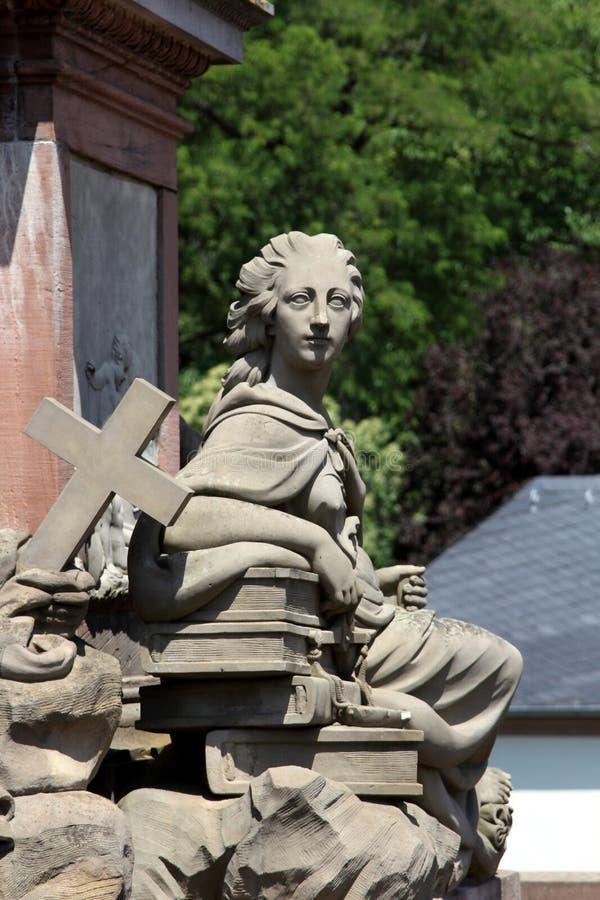 老桥梁纪念碑在海得尔堡,德国 图库摄影