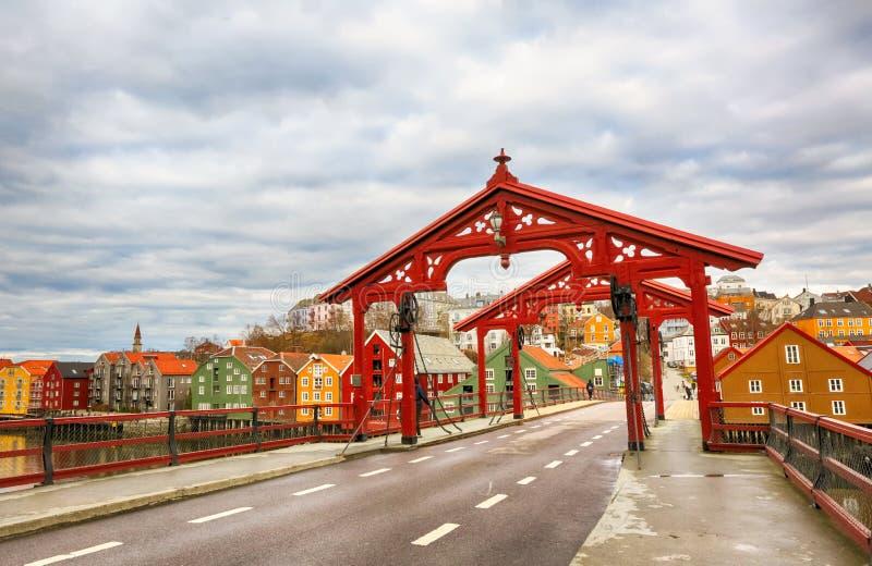 老桥梁,特隆赫姆 免版税图库摄影