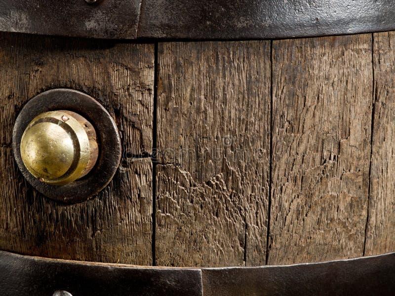 老橡木葡萄酒桶 特写镜头 免版税库存图片