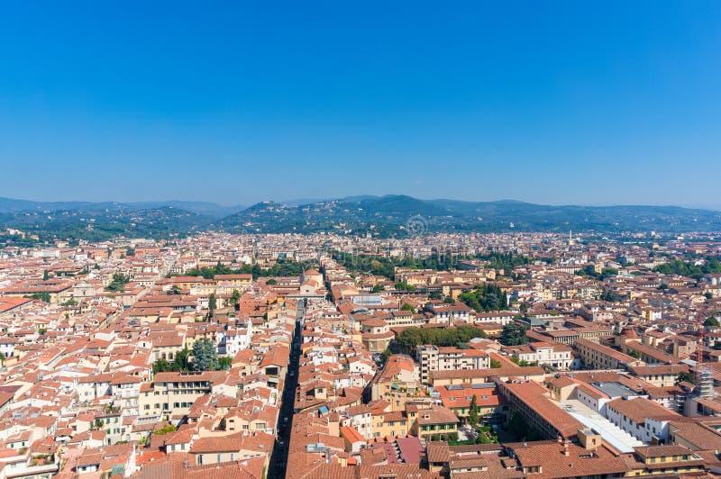 老欧洲镇鸟瞰图  佛罗伦萨意大利 库存照片