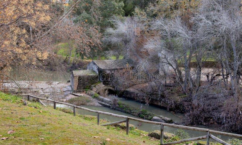老水车美好的风景在西班牙 秋天颜色 库存图片