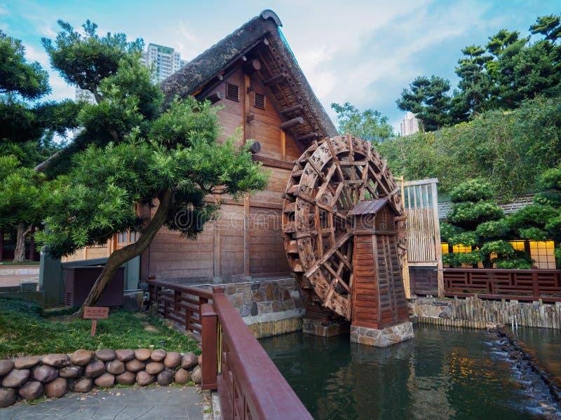老水车,在南Lian庭院里将被看见在香港 库存照片