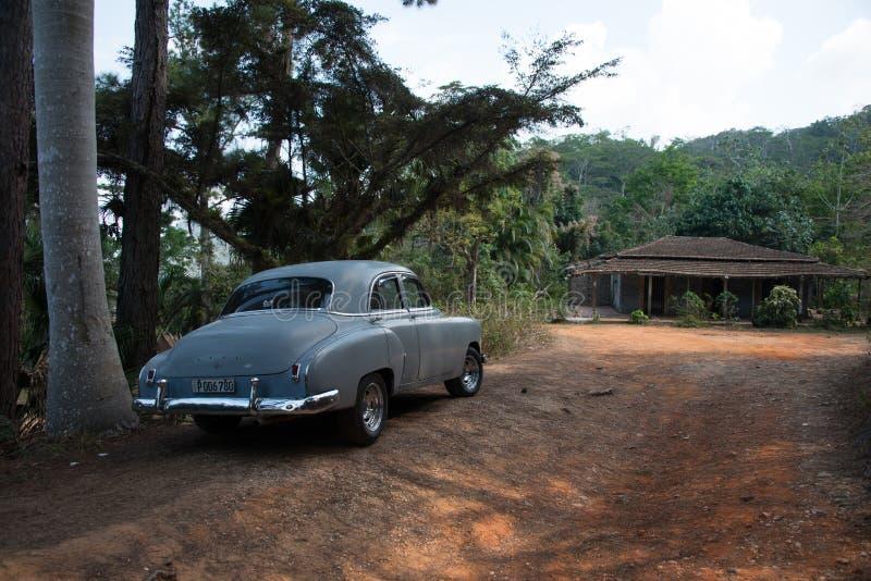 老汽车古巴人 免版税图库摄影