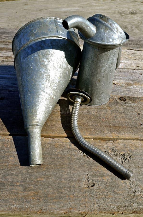 老油能,喷口和漏斗 免版税库存图片