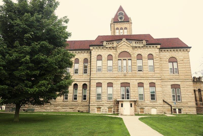 老法院大楼在Carrollton,格林县 免版税库存照片