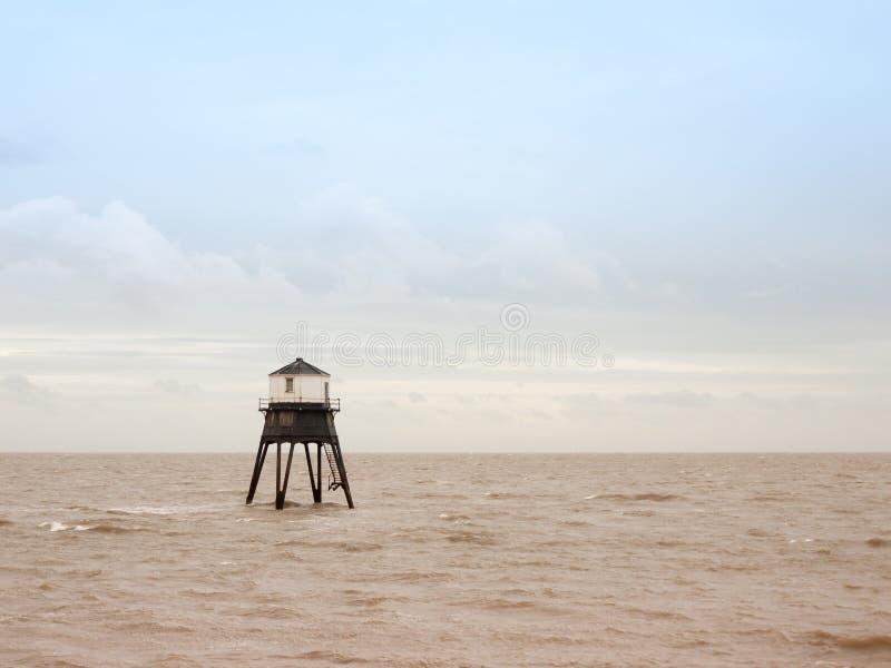 老海结构灯塔Harwich海海湾海滩 库存图片