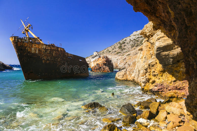 老海难在阿莫尔戈斯岛海岛,基克拉泽斯,希腊 库存照片