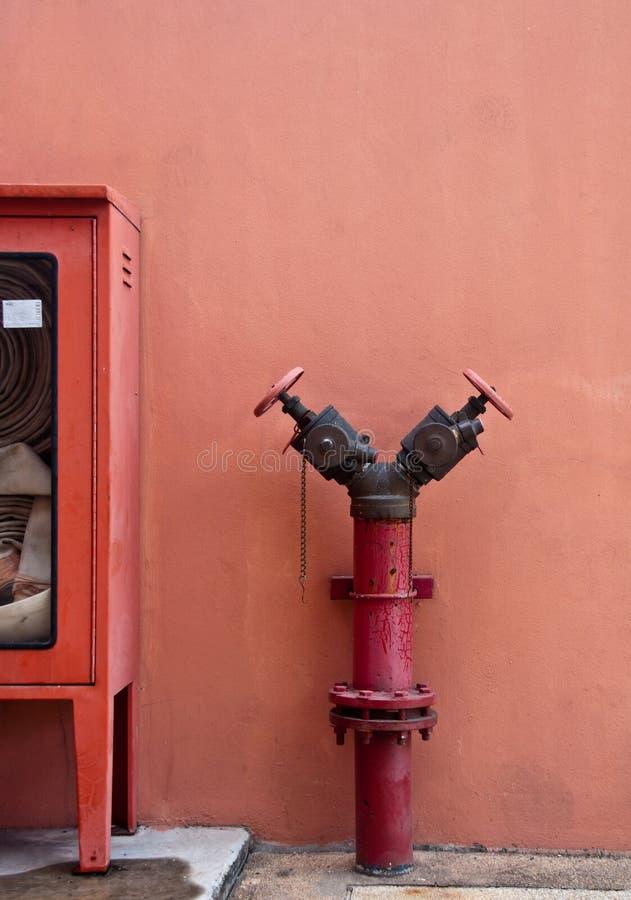 老消防龙头 库存图片