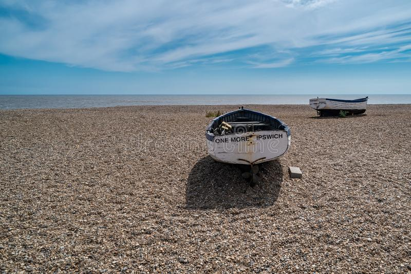 老渔船在Aldeburgh 免版税库存照片