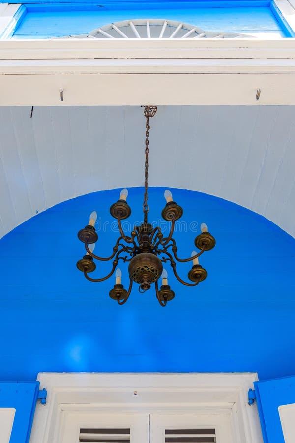 老烛台在殖民地房子的入口区域 puerto 免版税库存图片