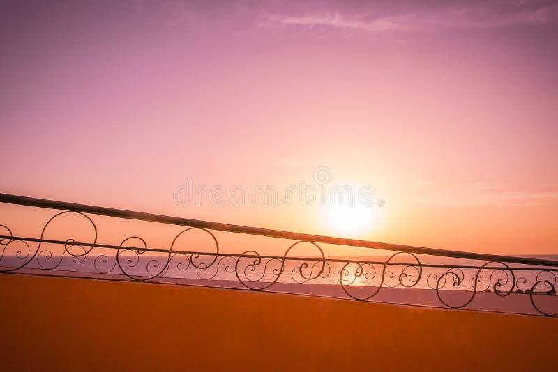 老照片美好的圆楼梯背景 图库摄影