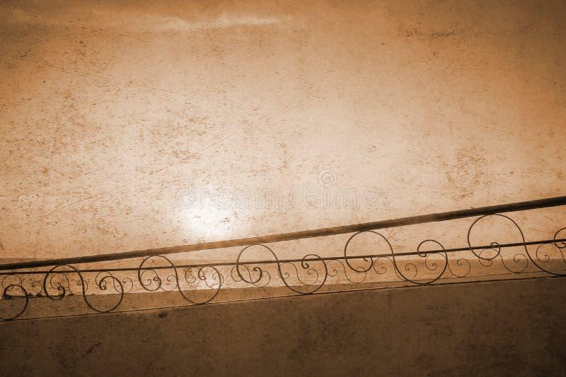 老照片美好的圆楼梯背景 库存图片