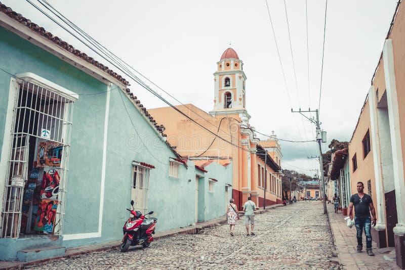 老特立尼达的街道 免版税图库摄影