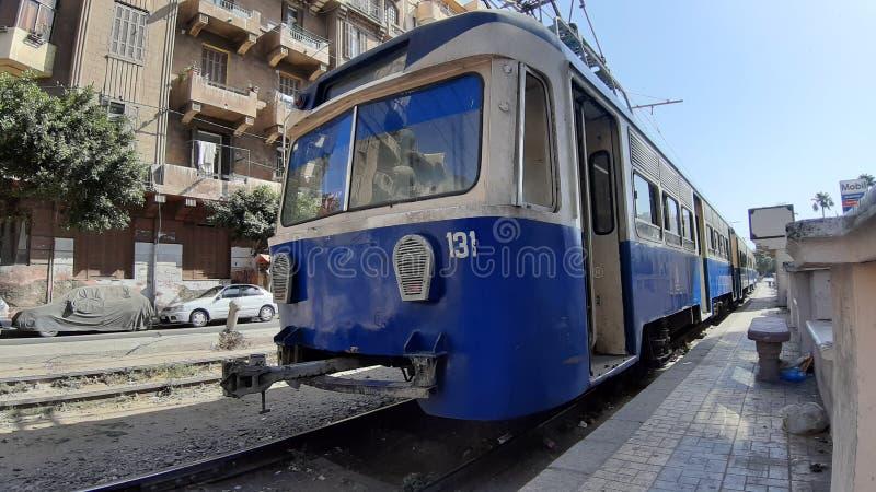 老电电车在老亚历山大开罗埃及 免版税库存照片