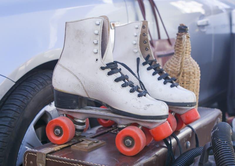 老白人妇女` s溜冰鞋 免版税库存照片