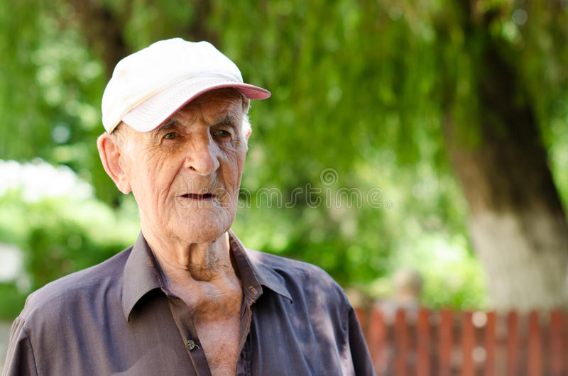 更老的老人 免版税库存照片