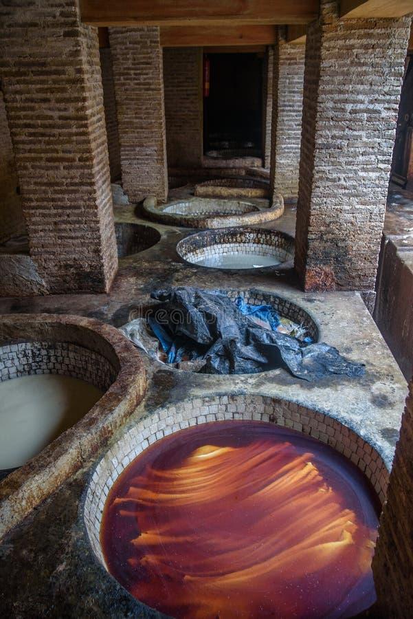 老皮革厂在菲斯,摩洛哥 免版税库存图片