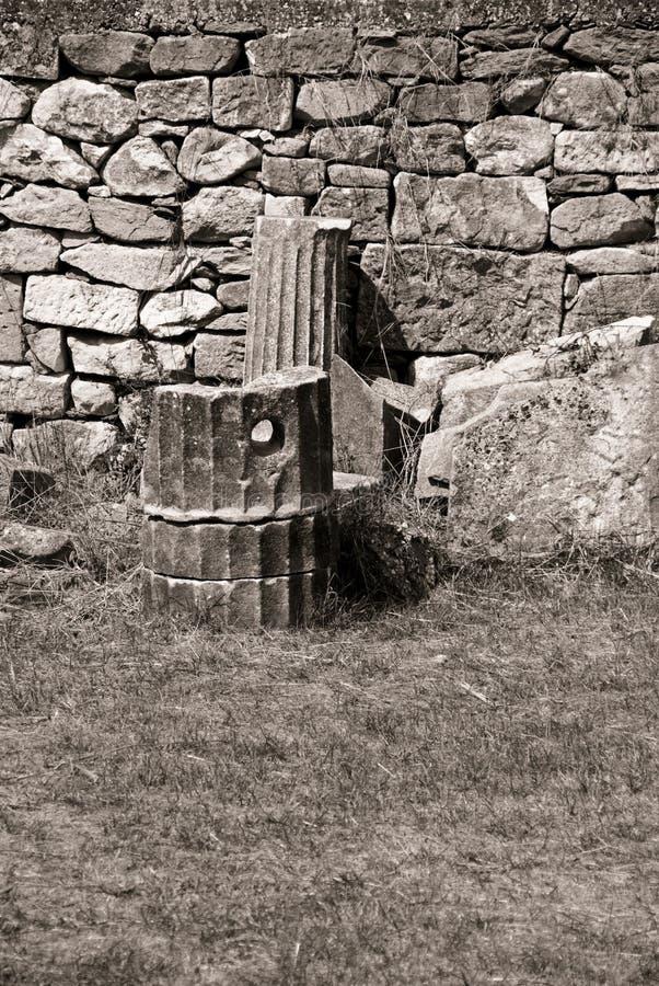 老石墙 免版税库存照片
