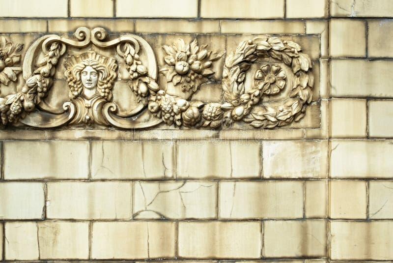 老破裂的瓷砖 破裂的瓷砖纹理,表面 库存照片
