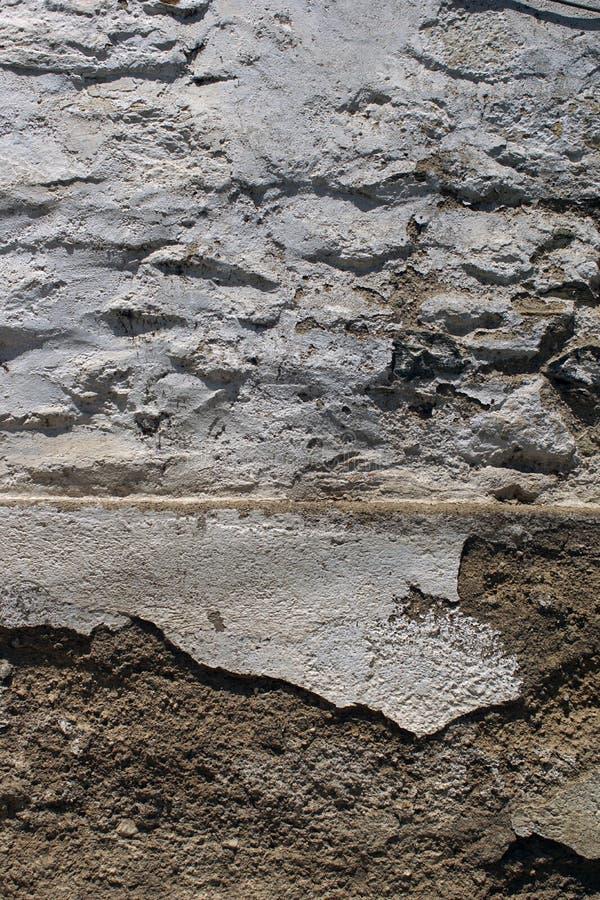老破裂的白色墙壁纹理 库存照片