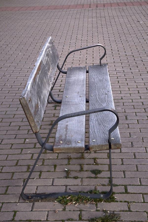 老空的长木凳 库存照片