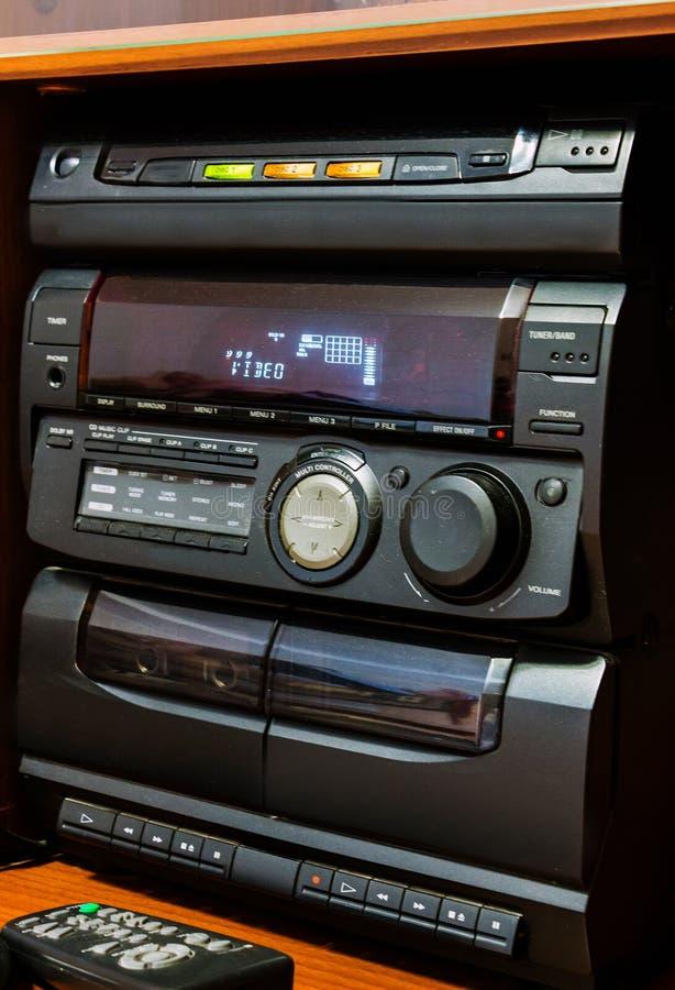 老立体音响系统 免版税库存图片