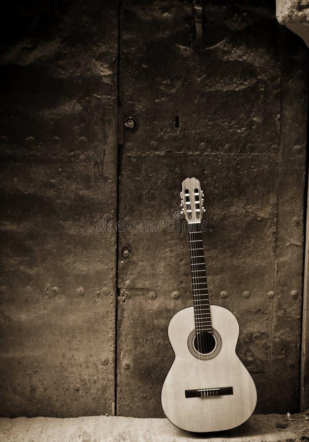 老经典门吉他 图库摄影