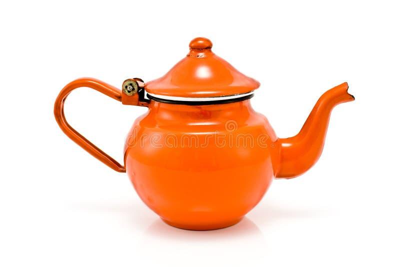 老罐红色土气茶 免版税库存图片