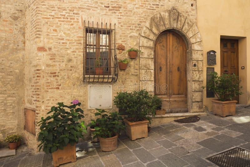 老美丽的城市在托斯卡纳,意大利 库存图片