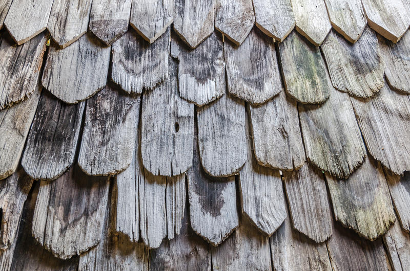 老腐烂的木屋顶的样式 库存图片
