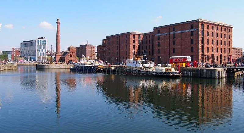 老船坞在利物浦,英国的中心 免版税库存图片