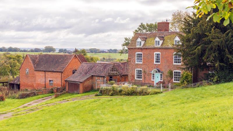 老英国农舍,渥斯特夏,英国 免版税库存图片