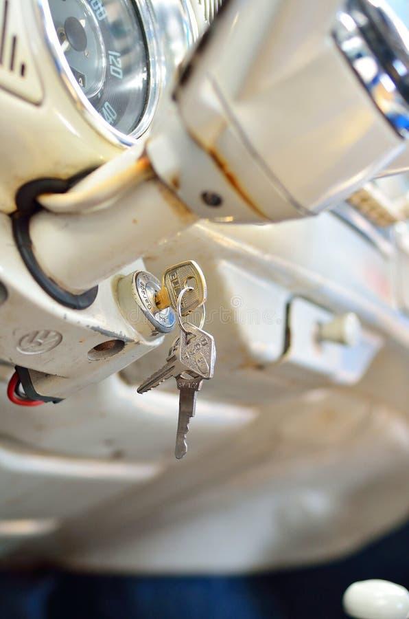 Download 老葡萄酒大众汽车模型内部 编辑类图片. 图片 包括有 技术, 次幂, 商业, 减速火箭, 详细资料, 关键字 - 30327910
