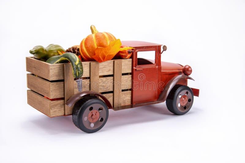 老葡萄酒玩具卡车 图库摄影