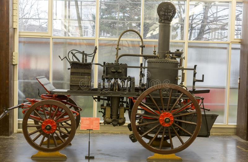 老蒸汽消防队车在尼古拉・特斯拉技术博物馆在萨格勒布,克罗地亚 库存照片