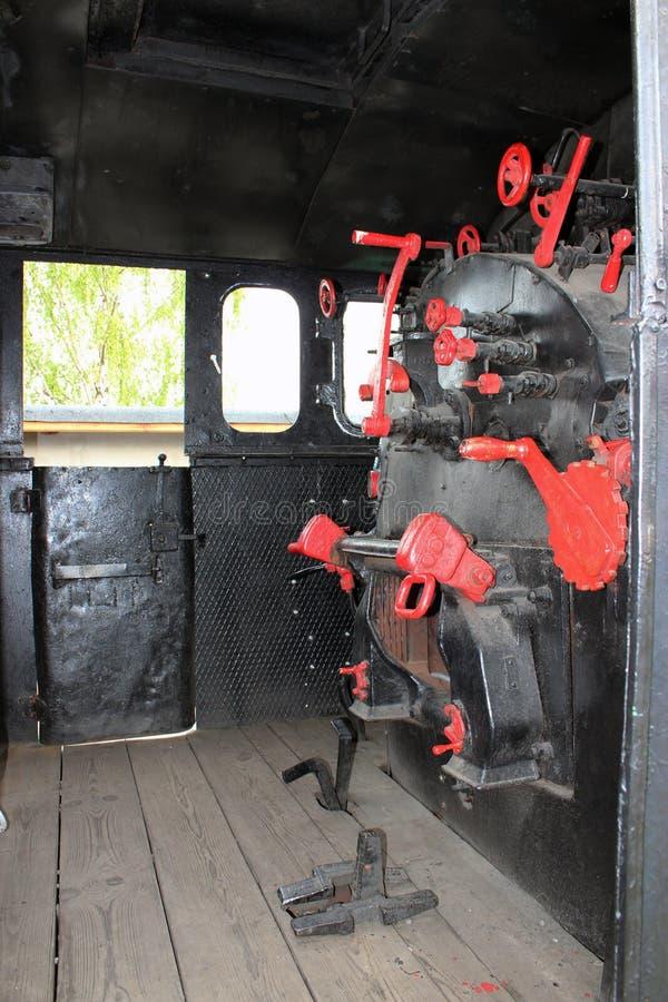 老蒸汽火车内部 免版税图库摄影