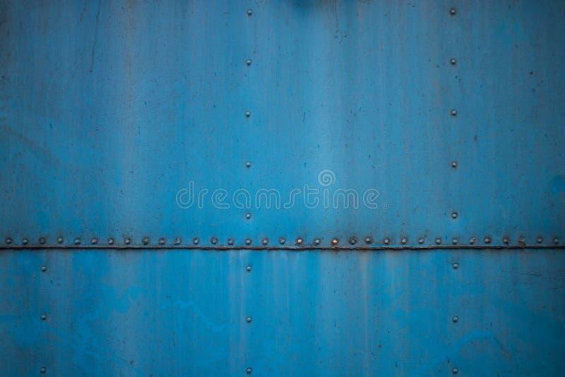老蓝色纹理生锈了金属片 肮脏和研, 库存图片