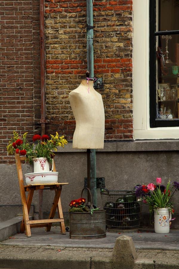 老被塑造的蚤时装模特市场 免版税图库摄影