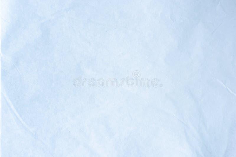 老被弄皱的工艺包裹包装纸纹理背景  免版税库存图片