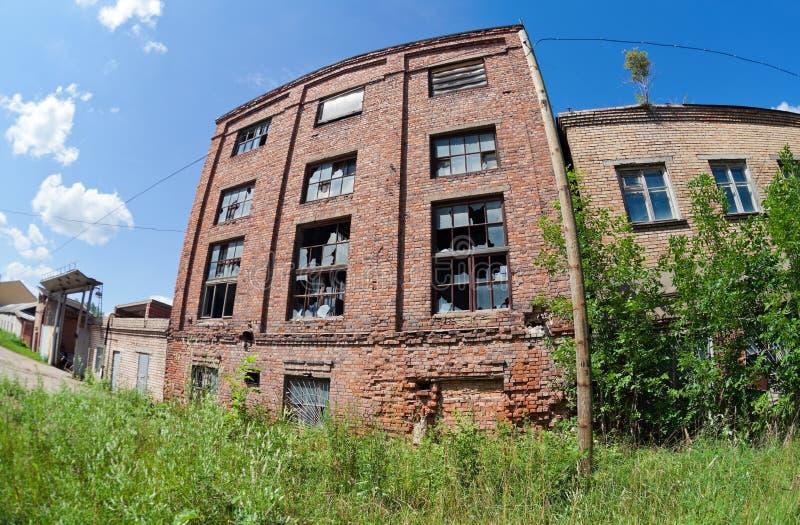 老被放弃的大厦 免版税库存图片