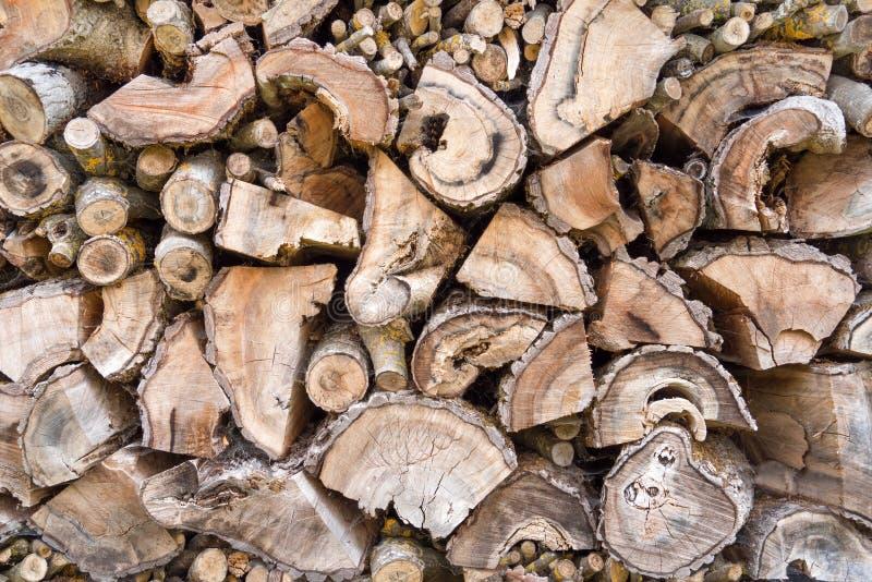 老被风化的柴堆 免版税库存图片