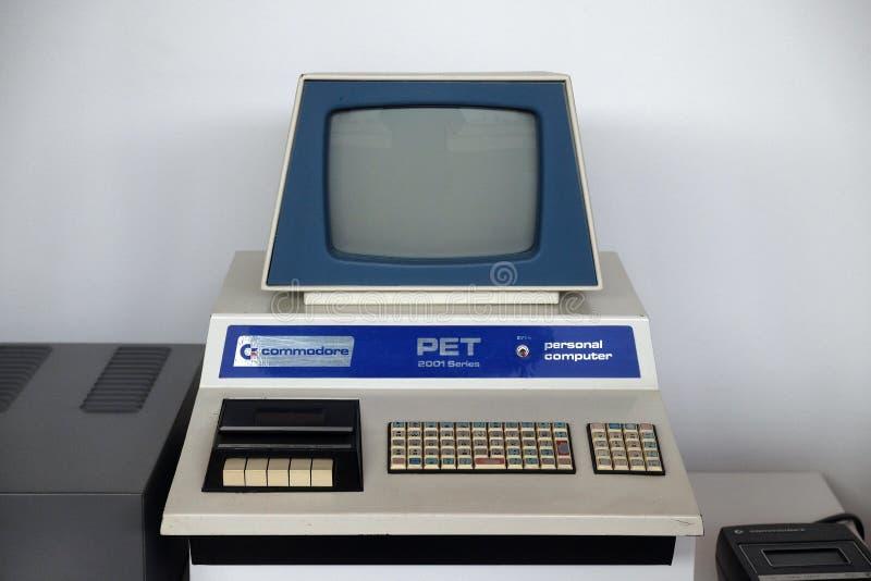 老计算机在尼古拉・特斯拉技术博物馆在萨格勒布,克罗地亚 免版税库存图片