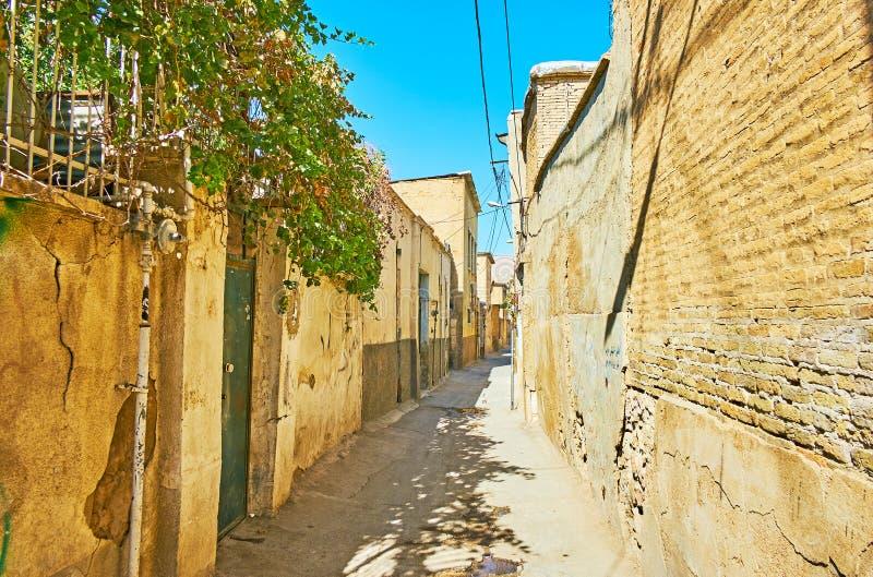 老设拉子,伊朗狭窄的街道  库存照片
