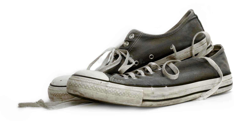 老运动鞋培训人使用了破旧 免版税图库摄影