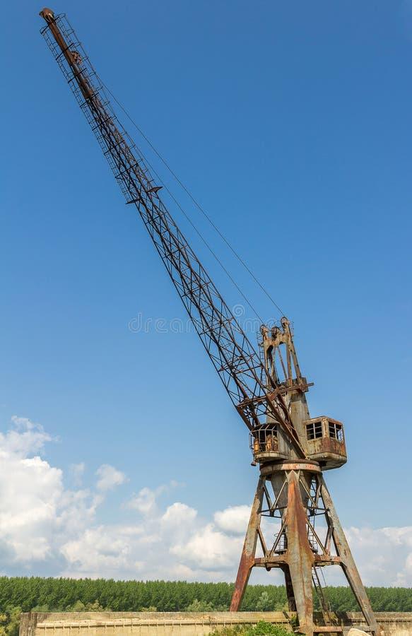 老造船厂起重机 图库摄影